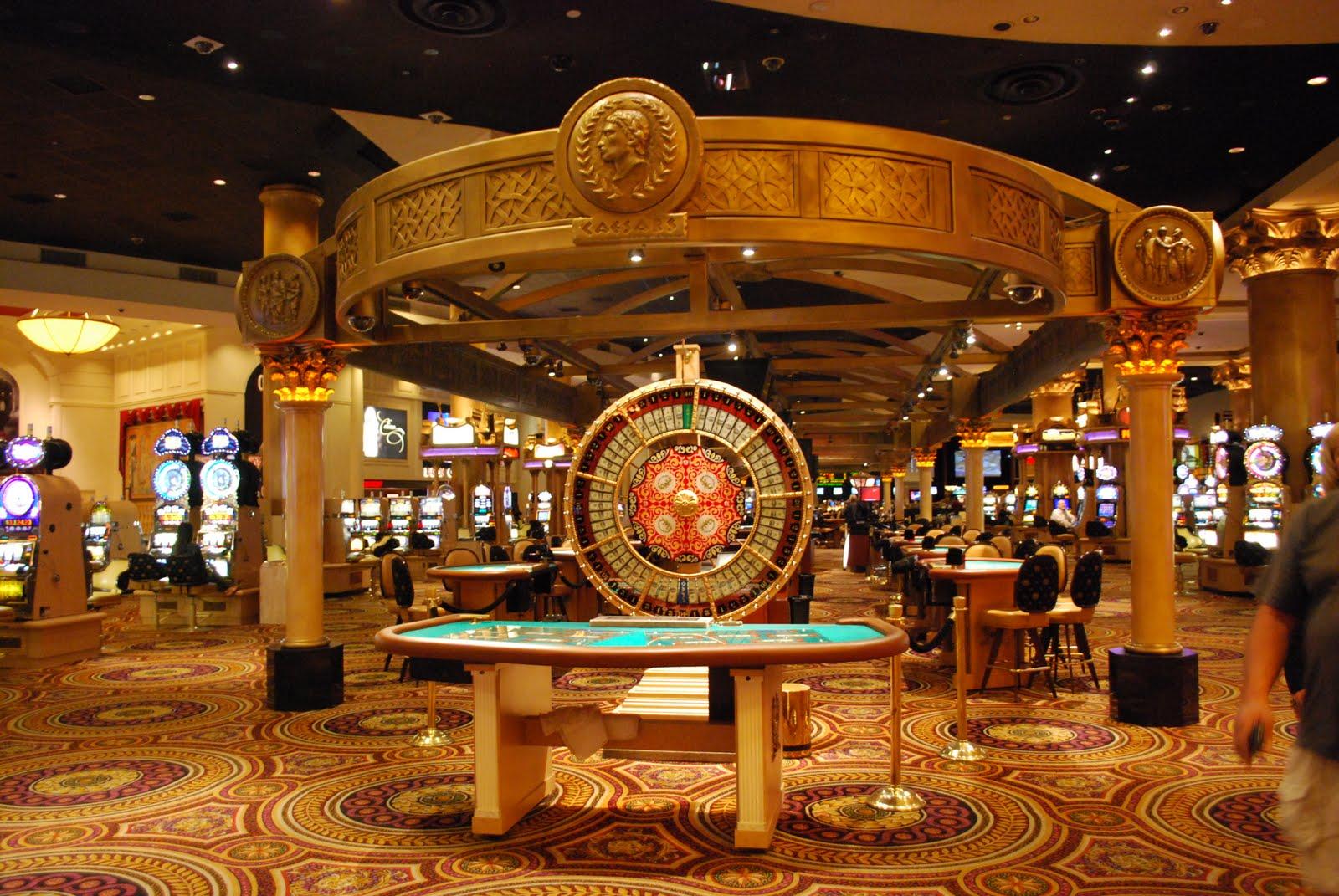 Онлайн казино - это доступная каждому игра на деньги