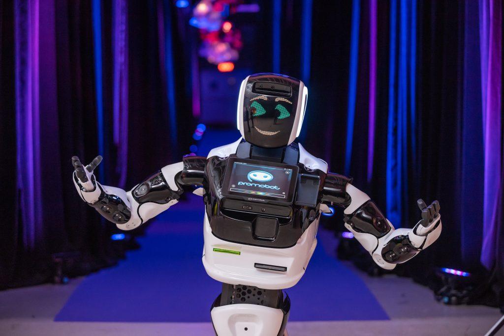 Робот сделал прогноз, когда наступит пик 2-ой волны коронавируса в нашей стране